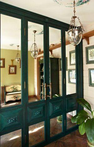 Распашные двери филенкой и декоративными накладками Актобе